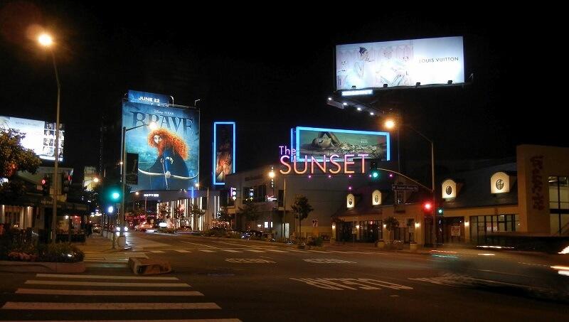 Sunset Boulevard à noite - Los Angeles