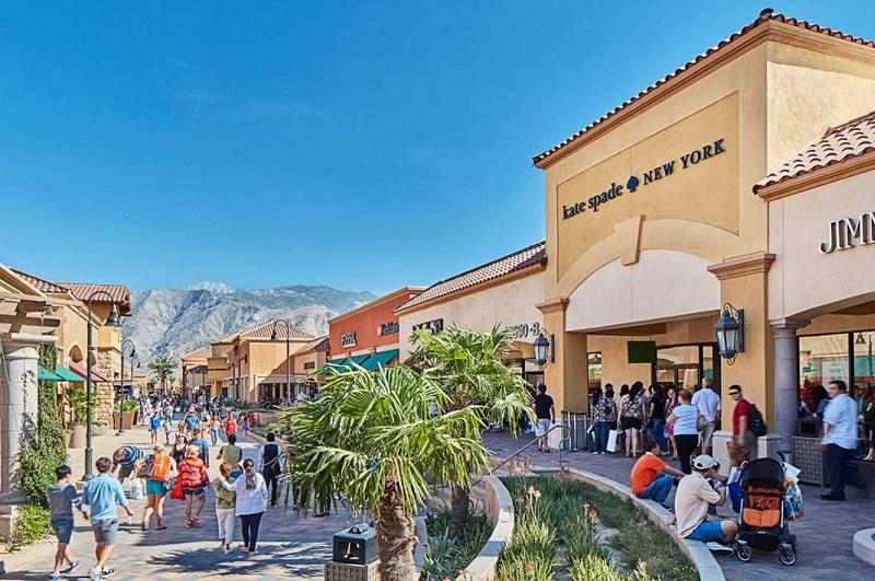 Outlet em Los Angeles - Desert Hills Premium
